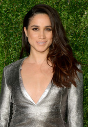 Meghan Markle looked fabulous with her fanned-out waves at the CFDA/Vogue Fashion Fund Awards.