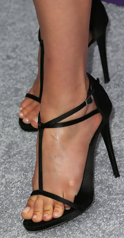 Ali Larter chose a pair of black strappy sandals for her look at the 12th Annual Chrysalis Butterfly Ball.