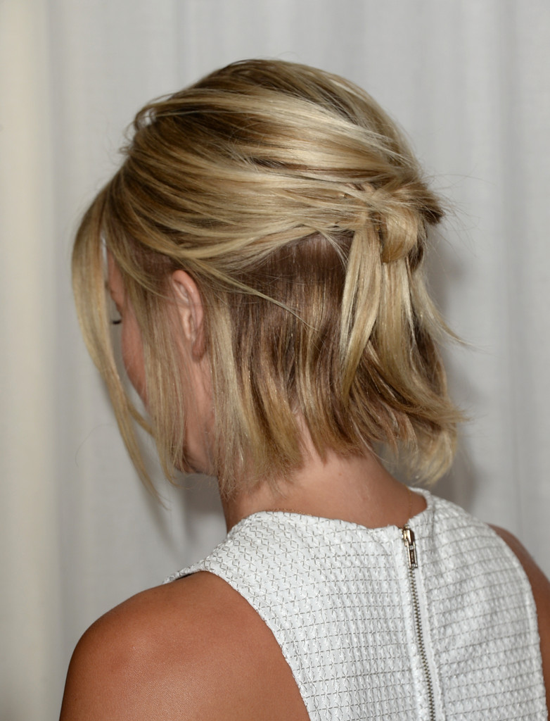 More Pics Of Julianne Hough Half Up Half Down 1 Of 22 Updos