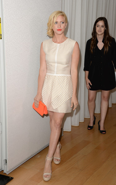 More Pics of Brittany Snow Short Wavy Cut (1 of 14) - Short Wavy Cut Lookbook - StyleBistro