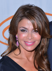 Paula Abdul added a few bright touches for the 12th Annual Lupus LA Orange Ball. And her lovely shimmering hot pink lipstick completed the look.