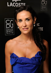 Demi Moore attended the 13th Annual Costume Designers Guild Awards wearing a Lauren Joy Mini necklace in 14-karat yellow gold with diamonds.