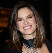 Alessandra Ambrosio kept it classic with this face-framing lob when she attended the Leather & Laces Mega Party.