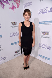 Sasha Alexander put on a fab display in this curve-hugging LBD by Yigal Azrouel at the Chrysalis Butterfly Ball.