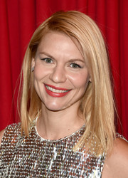 Claire Danes looked sleek with a straight cut that showed off her bright red lipstick at the AFI Awards.