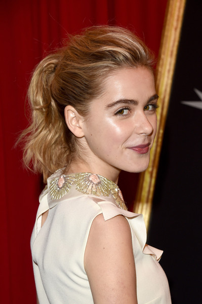 Kiernan Shipka showed off her glowing skin with a loose ponytail at the AFI Awards.