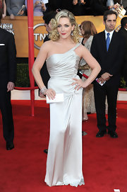 Jane looked glamorous carrying a shimmering crystal clutch on the red carpet.