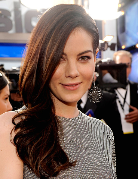 More Pics of Michelle Monaghan Side Sweep (1 of 2) - Long Hairstyles Lookbook - StyleBistro [michelle monaghan,red carpet,screen actors guild awards,california,los angeles,shrine auditorium]