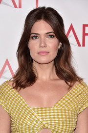 Mandy Moore amped up the girly feel with a pink lip.