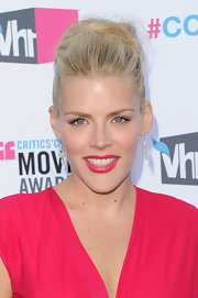 Busy Philipps wore her hair in a voluminous loose bun at the 17th Annual Critics' Choice Movie Awards.