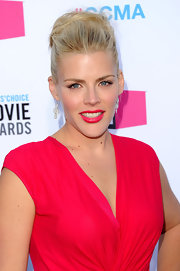 Busy Philipps matched her vibrant cherry-colored lipstick to her vivid dress at the 17th Annual Critics' Choice Movie Awards.