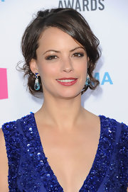 Berenice Bejo wore a pair of 46-carat aquamarine drop earrings with 7-carat sapphires set in white gold at the 17th Annual Critics' Choice Movie Awards.