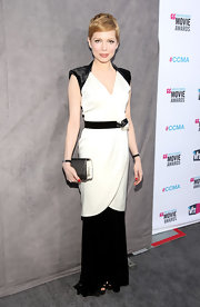 Michelle Williams went for a dramatic black-and-white look at the Critics' Choice Awards in this faux-wrap design.