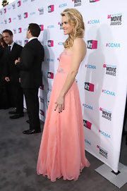Missi Pyle was all smiles in a peach gown at the Critics' Choice Awards.