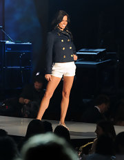 Melissa Rycroft showed a lot of leg at the 17th Annual Race to Erase MS Show in a pair of white short shorts.