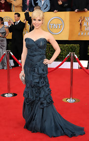 Cara looked heaveny at the SAG awards in a misty teal cocktail dress with exquisite gathering.