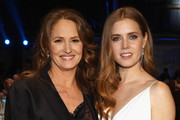 Amy Adams and Melissa Leo Photo