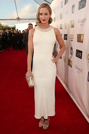 Emily looked stunning in her white tea-length dress with contrasting red lips at the Critics' Choice Awards.