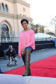 A pair of gray knee-high boots put a fierce finish to Regina King's look during the SAG Awards red carpet roll-out ceremony.
