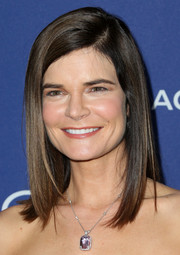 Betsy Brandt sported a sleek shoulder-length hairstyle when she attended the Costume Designers Guild Awards.