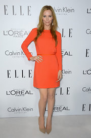 Leslie Mann is totally fearless when it comes to color!