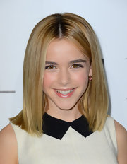 Kiernan's center-parted sleek cut was just perfect for her!