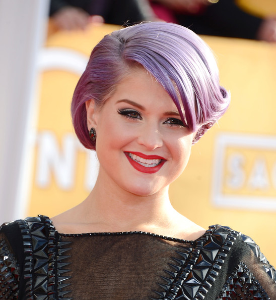 More Pics of Kelly Osbourne Retro Updo (5 of 35) - Updos Lookbook - StyleBistro