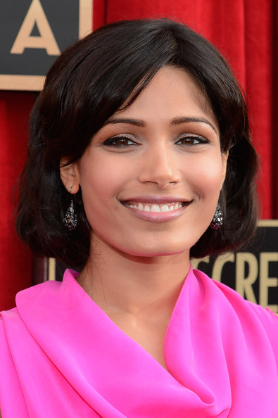 More Pics of Freida Pinto Evening Dress (4 of 12) - Freida Pinto Lookbook - StyleBistro