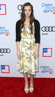 Hailee Steinfeld looked dainty at the Children Mending Hearts Style Sunday in a print dress worn with a black cardigan.