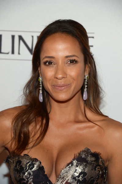 Dania Ramirez went classic with this half-up wavy style for the Marie Claire Young Women's Honors.
