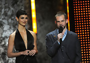 Morena Baccarin wears the same short 'boy cut' that her character wears in the TV series 'V'.