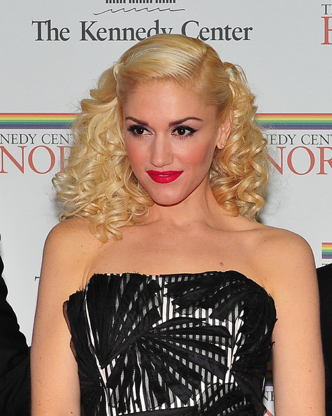 blonde hair pictures 2010. londe hair color ideas 2010.
