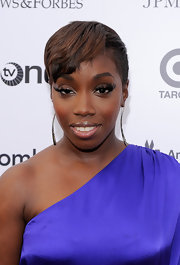 Estelle showed off her sleek short hair while attending a benefit.