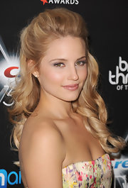 Dianna looked sweet with soft makeup and a loose, curly half-up hairstyle.