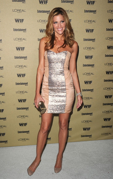 Tricia Helfer accessorized her dress with nude patent pumps for the Entertainment Weekly party.