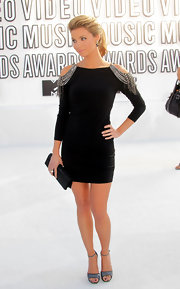 'The Hard Times of RJ Berger' star Amber Lancaster attended the 2010 MTV Video Music Awards wearing a silver Rock Candy Ring in Clear Quartz.