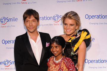 Jessica Simpson Ken Paves 2010 Operation Smile Annual Gala