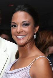 Eva la Rue accessorized with simple dangling diamond earrings at the 2010 Palm Springs International Film Festival.