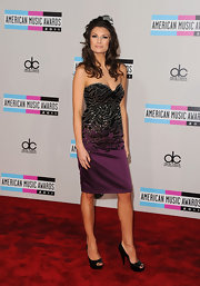Music executive Julia Kurbatova wore her hair in lovely layered curls for the 2011 AMA Awards.