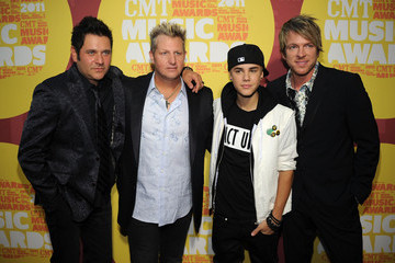 Gary LeVox Justin Bieber 2011 CMT Music Awards - Red Carpet