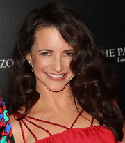 Kristin Davis wore her hair in lustrous long curls at the 2011 Hollywood Style Awards.