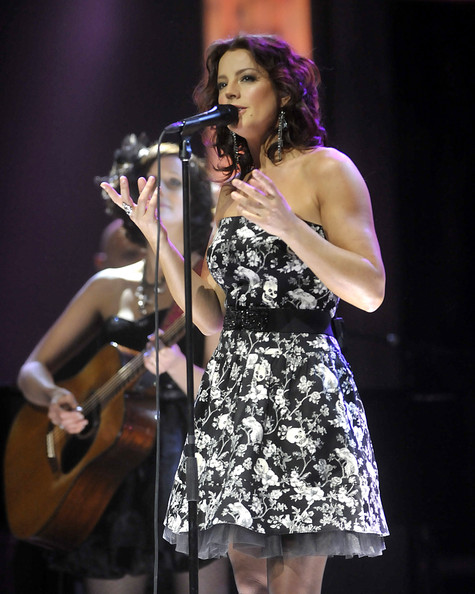 More Pics of Sarah Mclachlan Print Dress (1 of 9) - Sarah Mclachlan Lookbook - StyleBistro