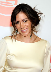 Arlene Tur wore her long hair in a cool, casual updo at the 2011 Latin Recording Academy Person of the Year event.