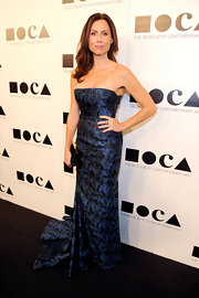 Minnie Driver wore a blue brocade strapless gown for the MOCA Gala.