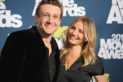 Actress Cameron Diaz attended the 2011 MTV Movie Awards wearing 18-karat yellow gold over-sized spike stud earrings.
