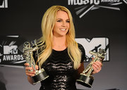 Britney Spears paired her beaded frock with a cocktail ring.