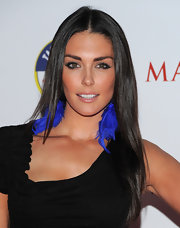 Taylor Cole gave her LBD a boost with blue feathered earrigns.