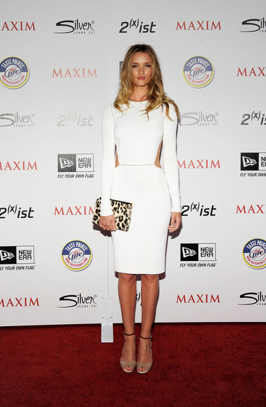 More Pics of Rosie Huntington-Whiteley Cutout Dress (4 of 18) - Rosie Huntington-Whiteley Lookbook - StyleBistro [miller lite,clothing,white,red carpet,cocktail dress,dress,carpet,fashion,footwear,shoulder,fashion model,silver jeans co,arrivals,rosie huntington-whiteley,ist,eden,california,hollywood,new era,maxim hot 100 party]