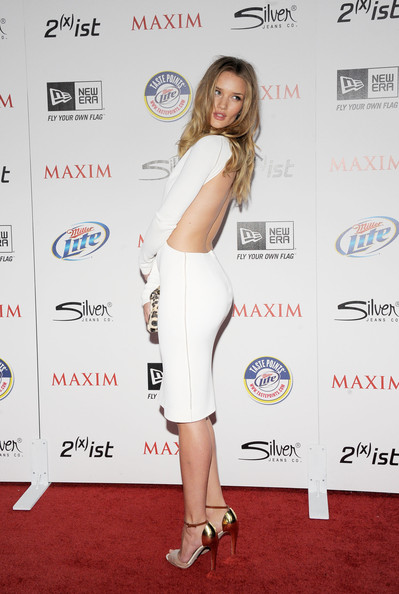 More Pics of Rosie Huntington-Whiteley Cutout Dress (1 of 18) - Rosie Huntington-Whiteley Lookbook - StyleBistro [miller lite,clothing,red carpet,shoulder,carpet,premiere,joint,dress,cocktail dress,footwear,leg,silver jeans co,arrivals,rosie huntington-whiteley,ist,eden,california,hollywood,new era,maxim hot 100 party]