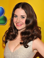 Alison Brie looked gorgeous with her sculpted curls at the 2011 NBC Upfront.